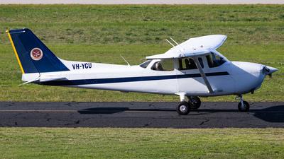 A picture of VHYGU - Cessna 172R Skyhawk - [17281581] - © Brandon Giacomin
