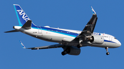 A picture of JA218A - Airbus A320271N - All Nippon Airways - © TRAVAIR