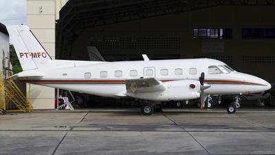 PT-MFO - Embraer EMB-110 Bandeirante - Abaeté Táxi Aéreo