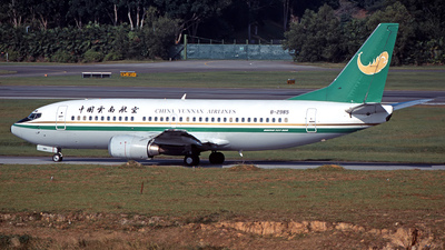 B-2985 - Boeing 737-3W0 - China Yunnan Airlines