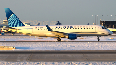 A picture of N615UX - Embraer E175LL - United Airlines - © Davis Dore