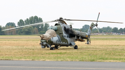 7358 - Mil Mi-24 Hind - Czech Republic - Air Force