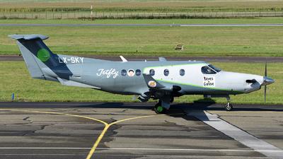 LX-SKY - Pilatus PC-12 - Private