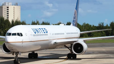 N66056 - Boeing 767-424(ER) - United Airlines
