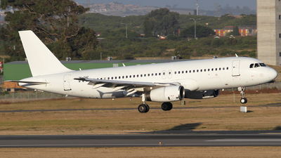 ZS-GAZ - Airbus A320-231 - Global Aviation Operations