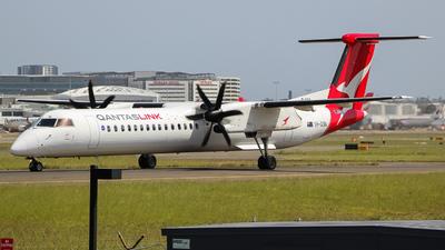A picture of VHQON - De Havilland Canada Dash 8400 - QantasLink - © YSSYplanespotter