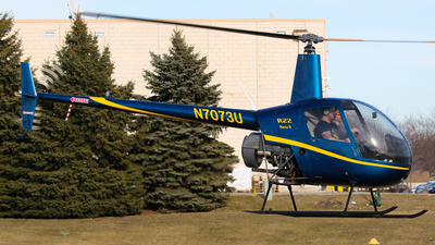 N7073U - Robinson R22 Beta II - Private