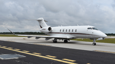 N755QS - Bombardier BD-100-1A10 Challenger 350 - NetJets Aviation