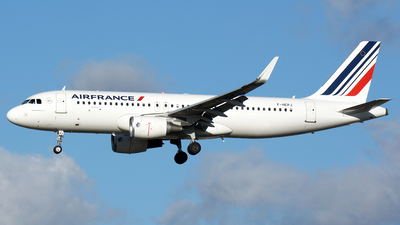 F-HEPJ - Airbus A320-214 - Air France