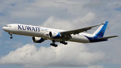 9K-AOI - Boeing 777-369ER - Kuwait Airways