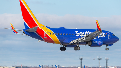 A picture of N464WN - Boeing 7377H4 - Southwest Airlines - © Miles Aronovitz
