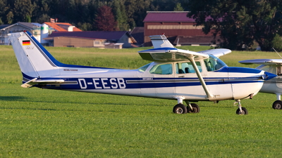 A picture of DEESB - Cessna 172P - [17275461] - © Stefan Bratner