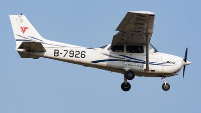 A picture of B7926 - Cessna 172R Skyhawk - [17281301] - © Jeffon huang