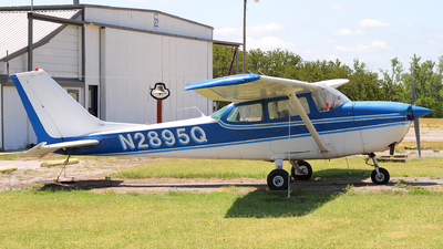 N2895Q - Cessna 172L Skyhawk - Private