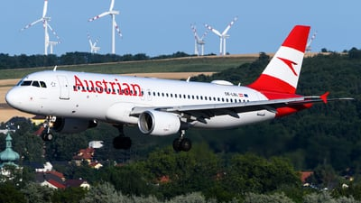 A picture of OELBL - Airbus A320214 - Austrian Airlines - © Chris Jilli