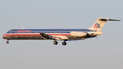 N9630A - McDonnell Douglas MD-83 - American Airlines