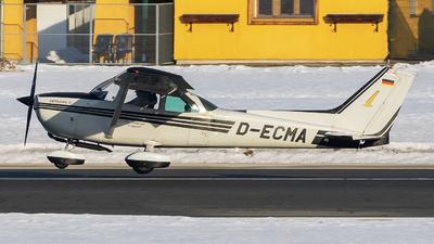 D-ECMA - Cessna 172M Skyhawk II - Private