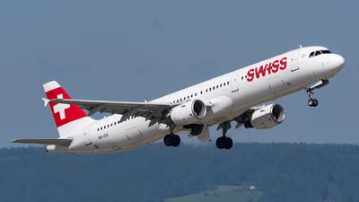 A picture of HBIOC - Airbus A321111 - Swiss - © Julian Mittnacht