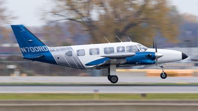 N700RD - Piper PA-31T3 T-1040 - Max Air