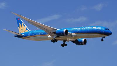 VN-A869 - Boeing 787-9 Dreamliner - Vietnam Airlines