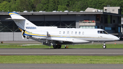 N8888H - Raytheon Hawker 1000 - Private