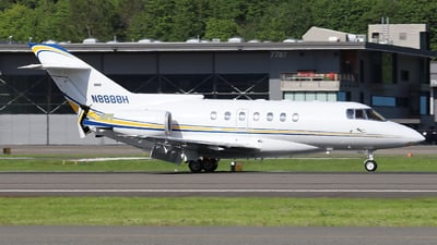 A picture of N8888H - Hawker Beechcraft 1000 - [259043] - © Weliang