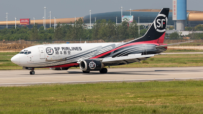 A picture of B2877 - Boeing 73733V(SF) - SF Airlines - © Ji donghao