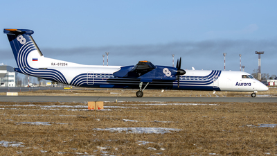 A picture of RA67254 - De Havilland Canada Dash 8400 - Aurora - © Artem Nemchinov