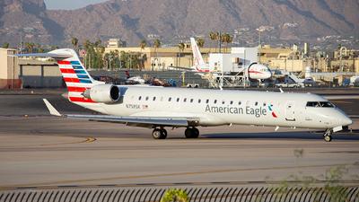 N758SK - Bombardier CRJ-701ER - American Eagle (SkyWest Airlines)