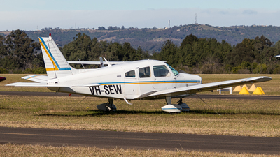 VH-SEW - Piper PA-28-151 Cherokee Warrior - Private