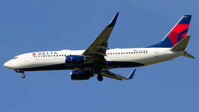 A picture of N3730B - Boeing 737832 - Delta Air Lines - © Jeremy D. Dando