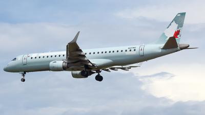 N977NC - Embraer 190-100IGW - Untitled