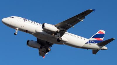 A picture of CCBAJ - Airbus A320232 - LATAM Airlines - © Sebastián Fernández