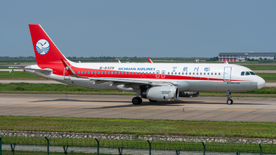 A picture of B8329 - Airbus A320232 - Sichuan Airlines - © Janson Button