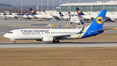 UR-PSP - Boeing 737-8Q8 - Ukraine International Airlines
