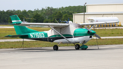N71593 - Cessna 182M Skylane - Private