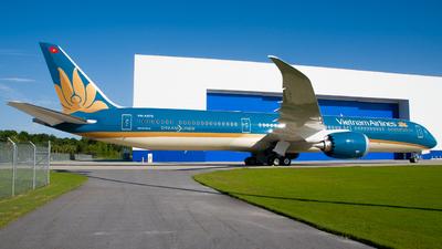 VN-A875 - Boeing 787-10 Dreamliner - Vietnam Airlines