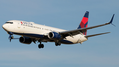 A picture of N918DU - Boeing 737932(ER) - Delta Air Lines - © Gautham Kurup