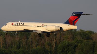 A picture of N998AT - Boeing 7172BD - Delta Air Lines - © Scott Kerhaert