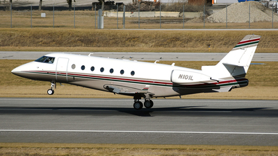 N101L - Gulfstream G200 - Private