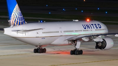 N771UA - Boeing 777-222 - United Airlines