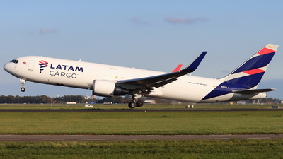 A picture of N538LA - Boeing 767316(ER)(BCF) - LATAM Cargo Chile - © Joost Alexander