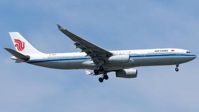 B-5901 - Airbus A330-343 - Air China
