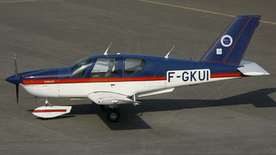 F-GKUI - Socata TB-10 Tobago - Private