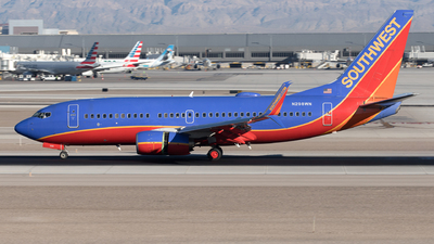 A picture of N298WN - Boeing 7377H4 - Southwest Airlines - © Yixin Chen
