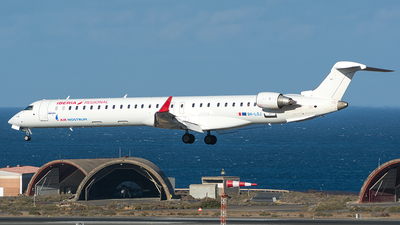 9H-LOJ - Bombardier CRJ-1000 - Iberia Regional (Air Nostrum) (MedAvia)