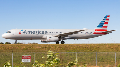 A picture of N510UW - Airbus A321231 - American Airlines - © Maik Voigt