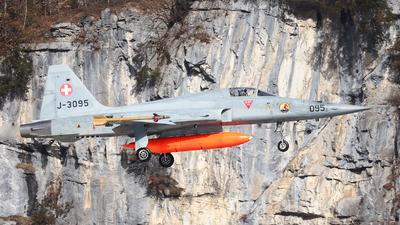 J-3095 - Northrop F-5E Tiger II - Switzerland - Air Force