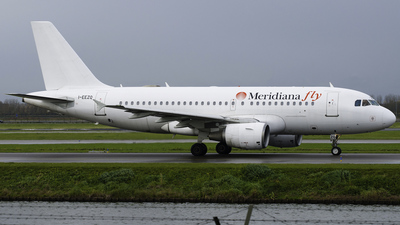 I-EEZQ - Airbus A319-112 - Meridiana fly