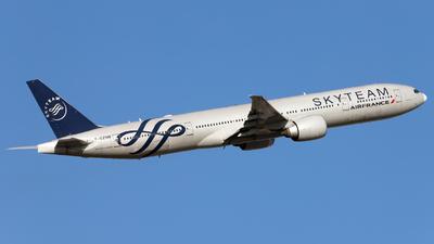 F-GZNN - Boeing 777-328ER - Air France